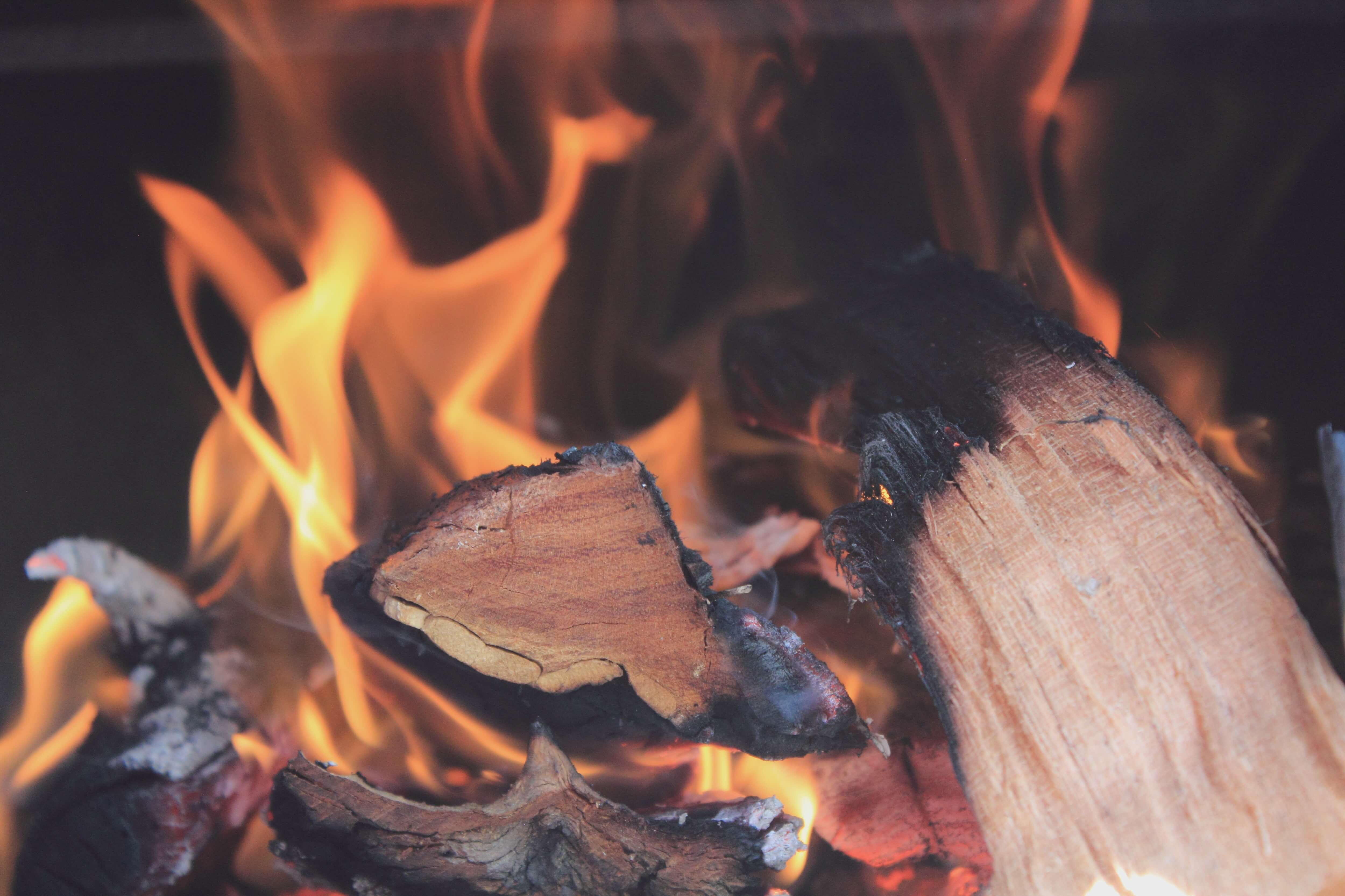 Dry, cut, and split your firewood to ensure maximum burning.